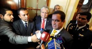 El presidente del Congreso, Luis Iberico, dijo a la prensa que no hay nada que temer porque el próximo jueves se asistirá a un debate democrático.