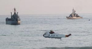 En Ilo, la Marina de Guerra realizó operaciones anfibias de asalto, incursión y repliegue, además de operaciones helitransportadas.