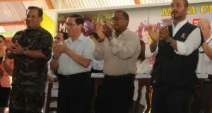 El embajador de Estados Unidos en el Perú, Brian A. Nichols, acompañado del ministro del Interior, José Luis Pérez Guadalupe, destacó los buenos resultados obtenidos en la permanente lucha antidroga en nuestro país.