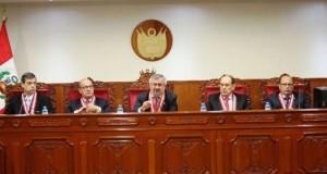 Pleno del Jurado Nacional de Elecciones, presidido por el juez supremo Francisco Távara Córdova.