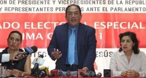 El Jurado Electoral Especial de Lima Centro 1, presidido por Manuel Miranda, decretó que si no se cumple en dos días naturales con subsanar las observaciones, se declarará improcedente la inscripción de la fórmula presidencial de Julio Guzmán.