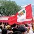 Las unidades de transporte llevando a los peruanos al proceso de votación, saldrán a la hora exacta. El costo del boleto de ida y vuelta es de 10 dólares.