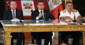 En conferencia de prensa el presidente Ollanta Humala; el ministro de Defensa, Jakke Valakivi; y el jefe del Comando Conjunto de las FFAA, Almirante Jorge Moscoso; garantizaron la normalidad de los comicios de mañana.