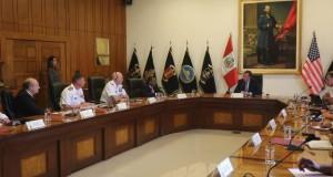 El ministro Jakke Valakivi conversó con el almirante Kurt W. Tidd  sobre la situación actual de las nuevas amenazas vinculadas al narcotráfico y terrorismo.