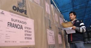 El Ministerio de Relaciones Exteriores cumplió con distribuir el material electoral lo largo de los 5 continentes, estableciendo 3083 mesas de votación en el exterior.