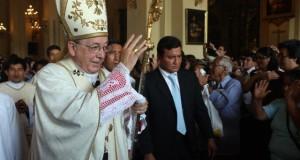 El cardenal Juan Luis Cipriani dijo que los aspirantes presidenciales Keiko Fujimori y Pedro Pablo Kuczynski, son personas correctas, nobles y con un gran amor por el Perú.