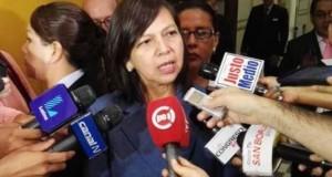 La ministra de Relaciones Exteriores, Ana María Sánchez, ofreció declaraciones luego de inaugurar la Sala de Prensa Internacional, que facilitara la labor de los periodistas nacionales y extranjeros que cubrirán los actos de la transmisión de mando presidencial.