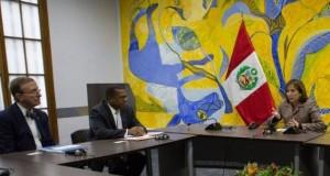 La ministra Elsa Galarza dialogó sobre los retos y oportunidades de colaboración bilateral en materia ambiental, durante la reunión con el embajador de Estados Unidos, Brian A. Nichols, y el científico norteamericano Thomas Lovejoy.
