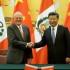 El presidente del Perú, Pedro Pablo Kuczynski, y su homólogo de la República Popular China, Xi Jinping, sostuvieron hoy una reunión bilateral en el Gran Palacio del Pueblo.