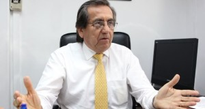 El congresista aprista Jorge del Castillo hace importantes declaraciones en el Diario Oficial El Peruano.