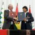 Tras concluir el Encuentro Presidencial y II Gabinete Ministerial Binacional Perú-Bolivia,  los presidentes Pedro Pablo Kuczynski y Evo Morales suscribieron la Declaración de Sucre.