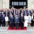 El presidente Pedro Pablo Kuczynski en la foto oficial con los integrantes del Cuerpo Diplomático acreditado en nuestro país, en las escalinatas del Patio de Honor de Palacio de Gobierno.