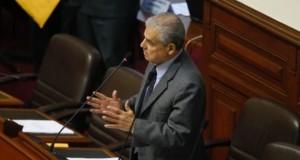 El legislador César Villanueva Arévalo dijo que es necesario fortalecer la función del agente comunitario de salud, porque está disminuyendo el número de personas que aceptan desempeñarse como tales.