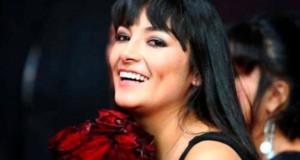 La actriz y cantante peruana, Magaly Solier, recibe la denominación de la UNESCO en reconocimiento a su compromiso para proteger y promover las lenguas indígenas y la música indígena a lo largo de su carrera artística.