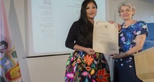 La artista peruana Magaly Solier recibió la importante designación de manos de la directora general de la Unesco, Irina Bokova.