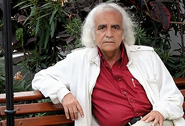El galardonado poeta peruano Arturo Corcuera será distinguido mañana miércoles en la Feria Internacional del Libro de Lima.