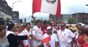 Mario López, en el desfile peruano de 2016.