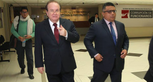 Luis Nava, quien fuera secretario de Palacio de Gobierno en el gobierno de Alan García, acude a testigicar en caso petroaudios.