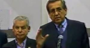 Los congresistas César Villanueva (Alianza Para el Progreso) y Jorge del Castillo (Apra), en su calidad de mediadores, explicaron a la prensa los motivos del punto de quiere del diálogo.