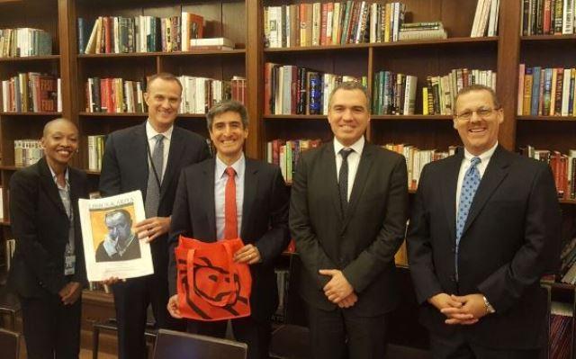 El ministro de Cultura, Salvador del Solar, también participó en el encuentro entre las altas autoridades de las Bibliotecas Públicas del Perú y Nueva York.