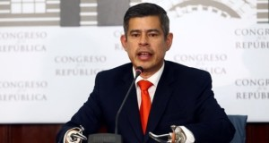 El presidente del Congreso, Luis Galarreta Velarde, resaltó que gracias al consenso alcanzado entre las diferentes bancadas parlamentarias,, eligió en menos de 30 días al jurista Augusto Ferrero Costa como nuevo magistrado del TC.