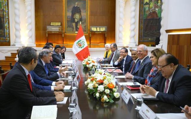 El presidente Pedro Pablo Kuczynski aseguró en la cita que la lucha contra el terrorismo se mantiene firme en el país y añadió que el financiamiento de las actividades subversivas está íntimamente ligado a la droga.