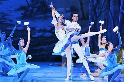 Este jueves 30 se repone en el teatro Municipal el ballet Cascanueces.